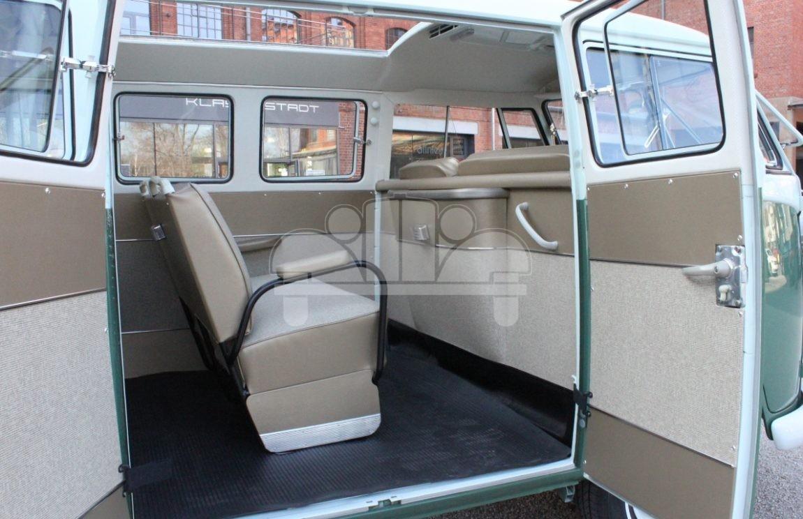 volkswagen vw t1 7 sitzer 11 fensterbus mit schiebedach typ 285 pyritz classics gmbh in der. Black Bedroom Furniture Sets. Home Design Ideas